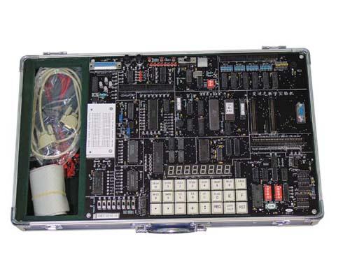 该实验系统中 aedk8688et自带键盘显示器,8088和rs-232接口,可以接